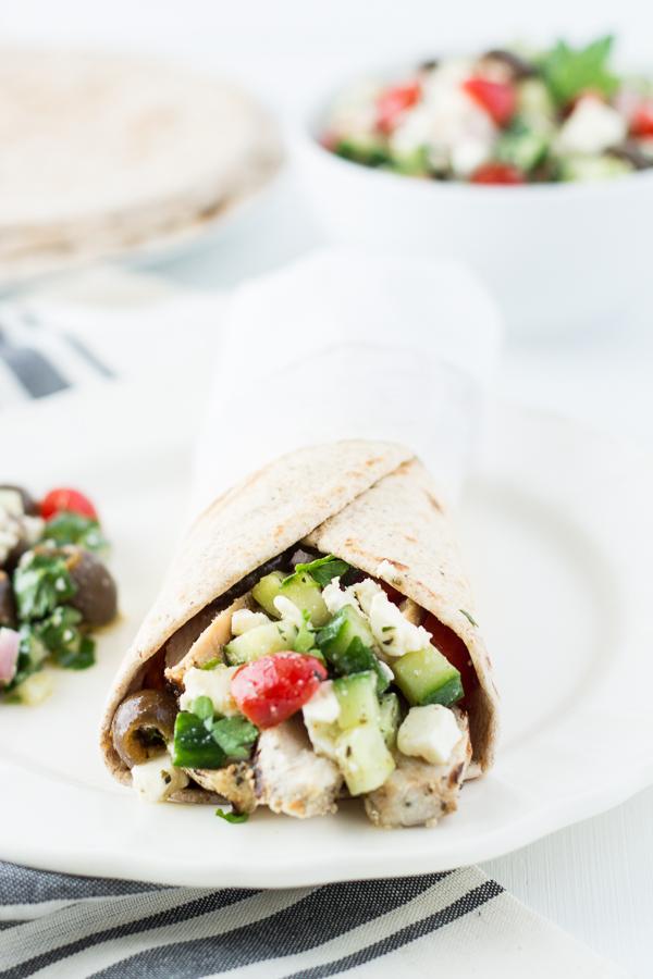 Grilled Mediterranean Chicken Wraps // bakingyum.com