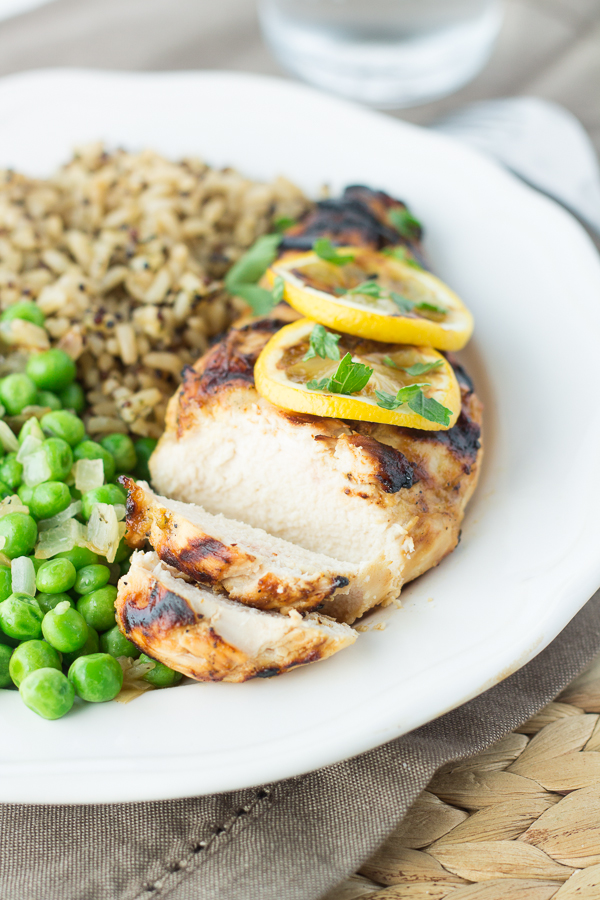 Grilled Lemon Tarragon Chicken // bakingyum.com
