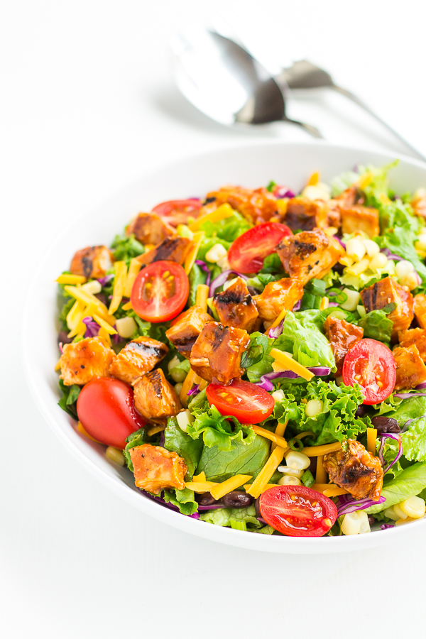 BBQ Chicken Salad with Easy Jalapeño Ranch // bakingyum.com