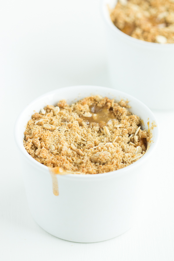 Ginger + Peach Crisps for Two // bakingyum.com