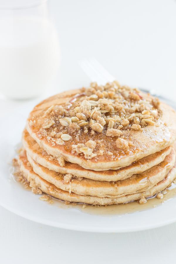 Whole Wheat Apple Crisp Pancakes // bakingyum.com