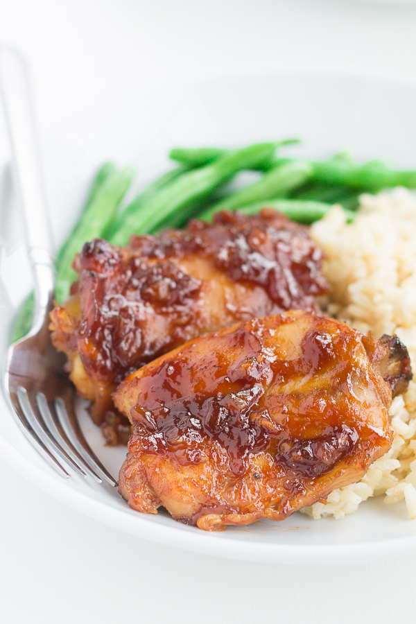 Pineapple Huli Huli Chicken (made in a slow cooker!) // bakingyum.com