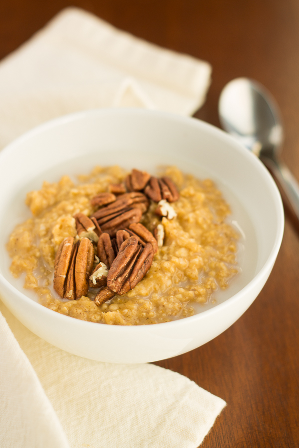 5-Minute Single Serve Pumpkin Steel Cut Oats // bakingyum.com