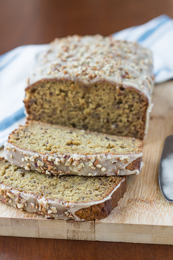 Maple Nut Banana Bread // bakingyum.com